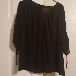 Women's plus size blouse black